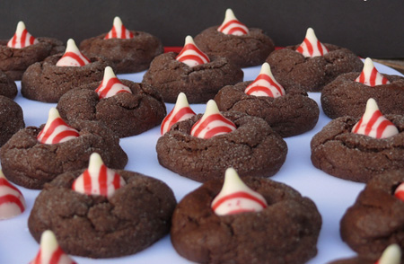 Dark-Chocolate-Peppermint-Crackles-perfect-for-that-holiday-cookie-platter